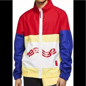 NEW Nike Kyrie Lightweight Windbreaker Mens Jacket